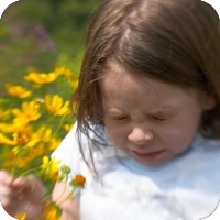 sneezinggirlallergies
